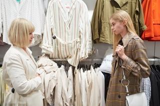 clothes_shop.jpg