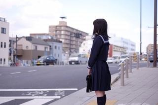 highschool_girl_at_crossing.jpg