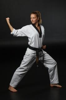 karate_girl.jpg