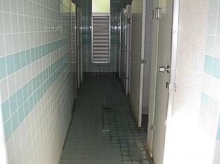 public_bathroom.jpg